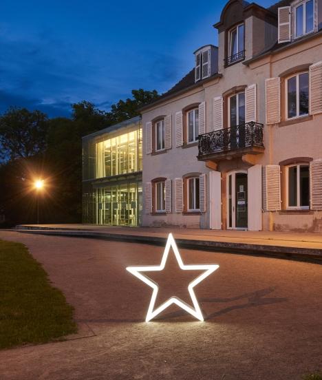 By night star